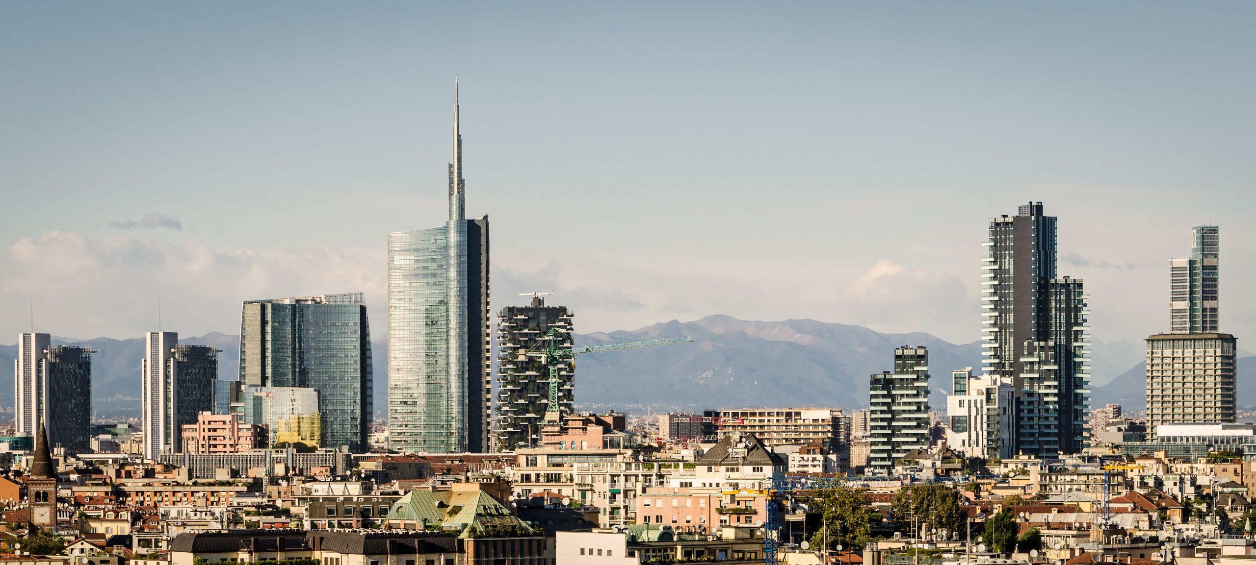 Skyline di Milano dal sito Studio Legale Lambrate